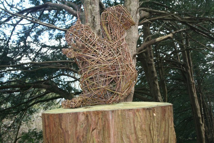 Willow sculpture of squirrel by Purple Sue