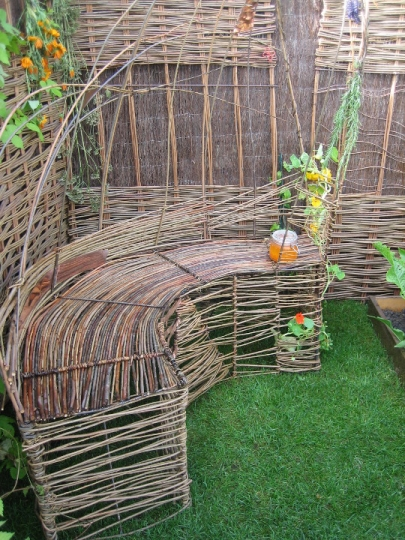 Willow bench at Tatton Show garden - Purple Sue